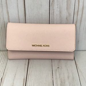 Michael Kors Jet Set Travel Trifold Leather Wallet